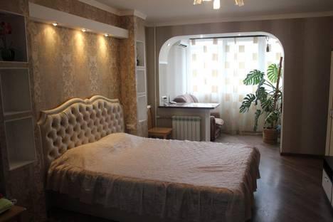 Сдается 1-комнатная квартира посуточно в Симферополе, Менделеева, 9.