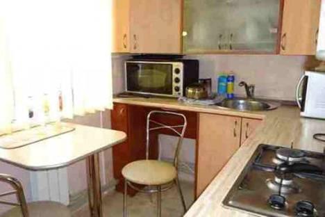 Сдается 2-комнатная квартира посуточно в Саки, Новофедоровка, ул. Севастопольская 14.