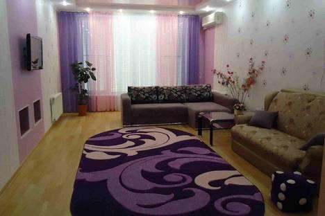 Сдается 1-комнатная квартира посуточно в Саки, ул. Сувастопольская.