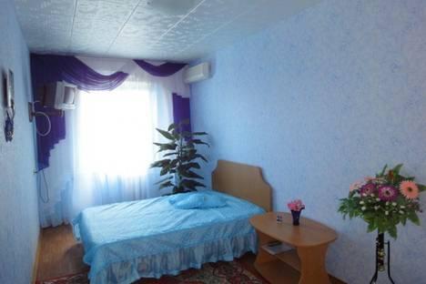 Сдается 2-комнатная квартира посуточно в Керчи, пер. Юннатов 20.