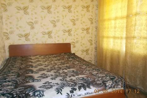 Сдается 2-комнатная квартира посуточно, ул. Комсомольская, 9.