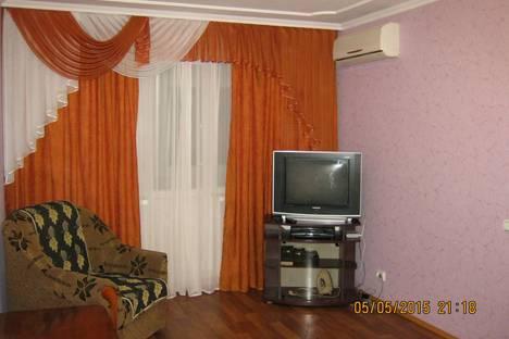 Сдается 1-комнатная квартира посуточно в Керчи, Льва Толстого 132.