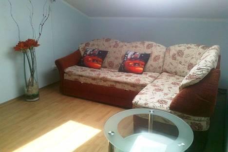 Сдается 2-комнатная квартира посуточно в Керчи, ул. Горбульского 31.