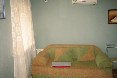 Сдается 1-комнатная квартира посуточно в Керчи, Ленина,24.