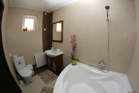 Сдается 5-комнатная квартира посуточно в Керчи, улица Кокорина, 7.