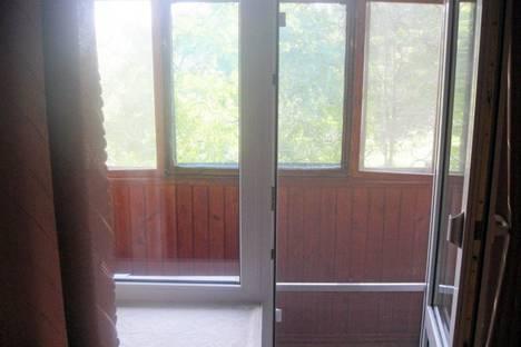 Сдается 2-комнатная квартира посуточно в Керчи, Ул бувина.
