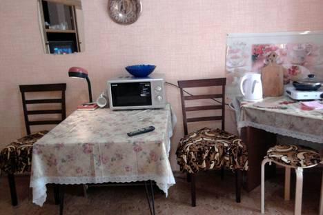 Сдается 1-комнатная квартира посуточно, Поликуровская,13.