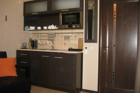 Сдается 1-комнатная квартира посуточно в Алуште, ул. ленина 10.