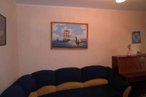 Сдается 2-комнатная квартира посуточно в Алуште, Ленина 43.