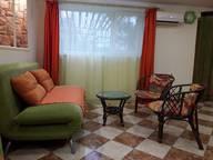 Сдается посуточно 2-комнатная квартира в Алуште. 40 м кв. Коллективная, 10