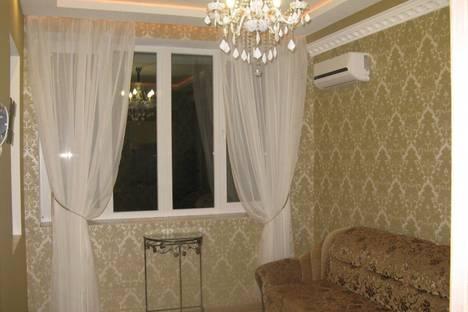 Сдается 2-комнатная квартира посуточно в Алуште, Партенит, улица Прибрежная, 7.