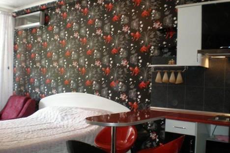 Сдается 1-комнатная квартира посуточно в Алуште, Победы 1.