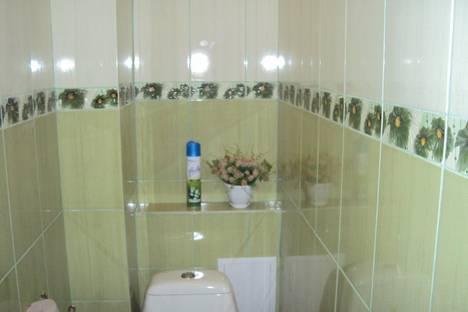 Сдается 2-комнатная квартира посуточно в Алуште, ул. Ялтинская.