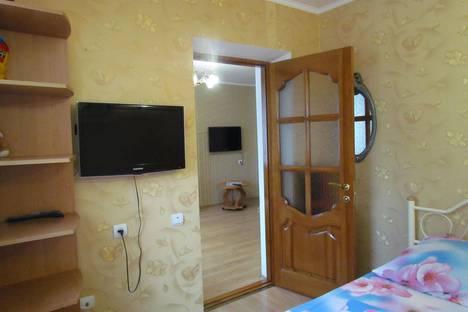 Сдается 2-комнатная квартира посуточно в Партените, Партенитская д.6.