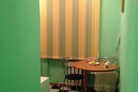 Сдается 1-комнатная квартира посуточно в Алуште, ленина 47.