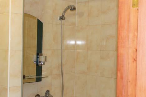Сдается 2-комнатная квартира посуточно в Мирном, проспект Мира, 4.