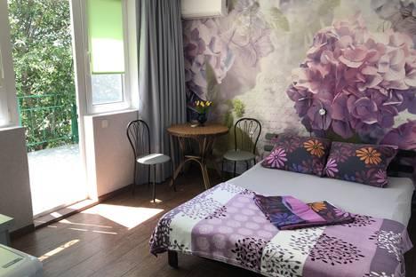 Сдается 1-комнатная квартира посуточно в Гурзуфе, Подвойского ул. 38.
