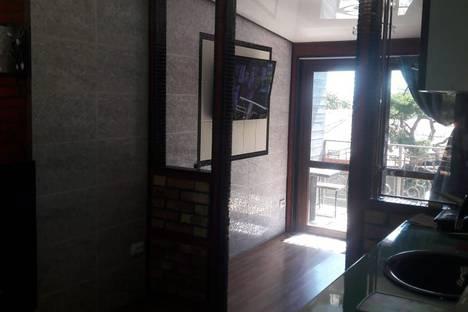 Сдается 1-комнатная квартира посуточно, ул. Фрунзе 11.