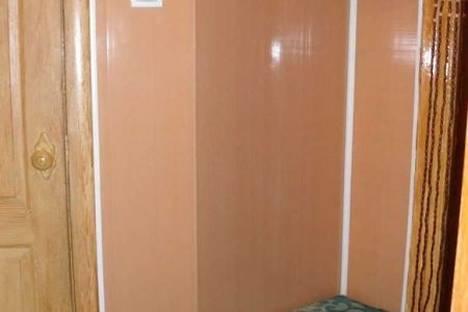 Сдается 2-комнатная квартира посуточно в Феодосии, ул. Победы 3.