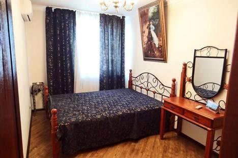 Сдается 3-комнатная квартира посуточнов Коктебеле, ул. Чкалова 96.