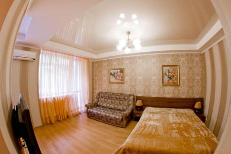 Сдается 1-комнатная квартира посуточно в Симферополе, Набережная 77.