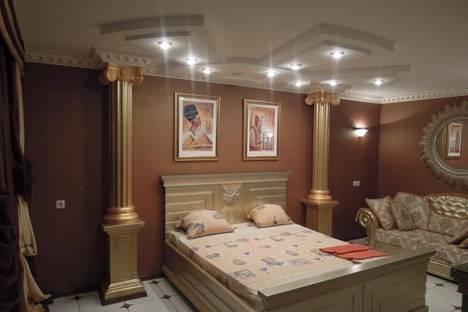 Сдается 1-комнатная квартира посуточно в Симферополе, ул. Гагарина 9.