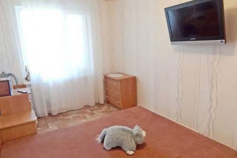 Сдается 2-комнатная квартира посуточно в Феодосии, ул. Федько 1.