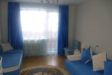 Сдается 1-комнатная квартира посуточнов Тюмени, ул. 50 лет Октября, 30.