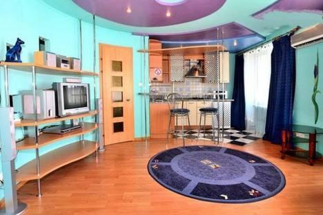 Сдается 1-комнатная квартира посуточно в Донецке, Конституции, 5.
