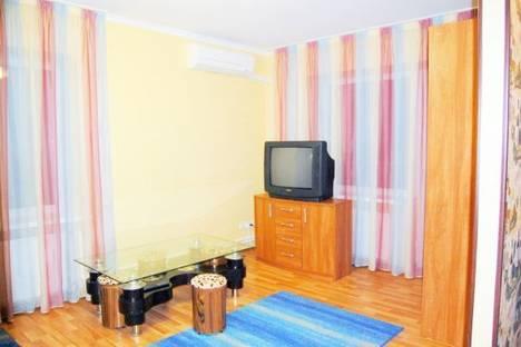 Сдается 1-комнатная квартира посуточно в Донецке, Университетская, 75.