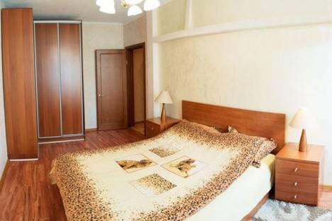 Сдается 2-комнатная квартира посуточно в Донецке, Университетская, 30а.