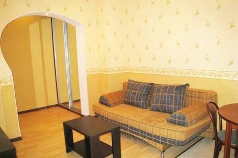 Сдается 2-комнатная квартира посуточно в Донецке, Постышева, 122.