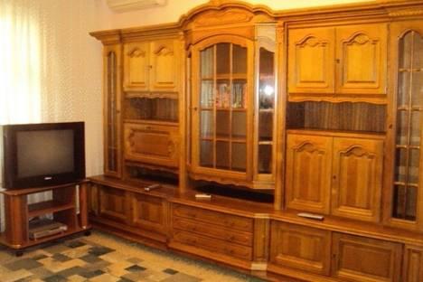 Сдается 3-комнатная квартира посуточно в Донецке, 25 лет РККА, 12.