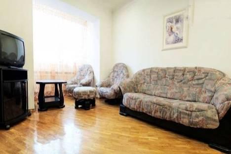 Сдается 3-комнатная квартира посуточно в Донецке, Дзержинского, 2.