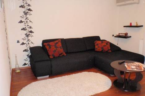 Сдается 3-комнатная квартира посуточнов Донецке, Мира, 1.