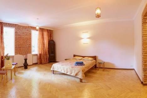 Сдается 1-комнатная квартира посуточно в Львове, Винниченко Владимира 26 (б).