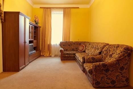 Сдается 2-комнатная квартира посуточно в Львове, Бандеры Степана 9.
