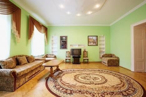 Сдается 2-комнатная квартира посуточно в Львове, Валовая 25.