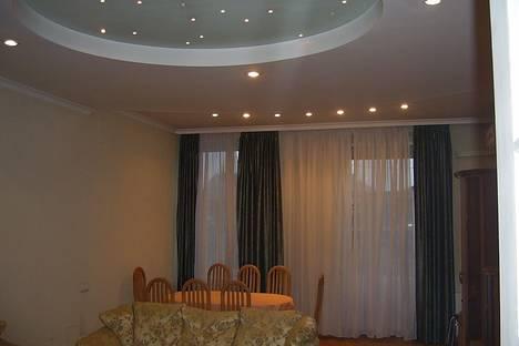 Сдается 2-комнатная квартира посуточно в Львове, Франка, 15.