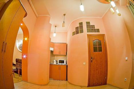 Сдается 2-комнатная квартира посуточно в Львове, Шептицких, 39.
