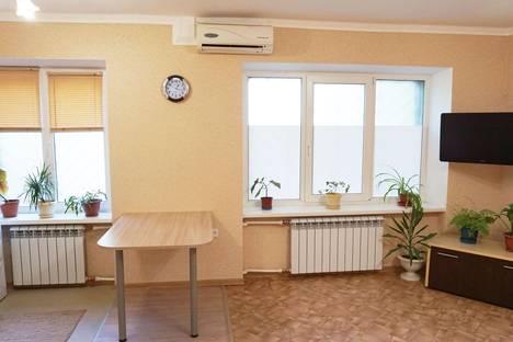 Сдается 1-комнатная квартира посуточнов Волжском, проспект им Ленина, 57.