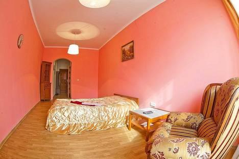 Сдается 1-комнатная квартира посуточно в Львове, ул. Крушельницькой, 25.