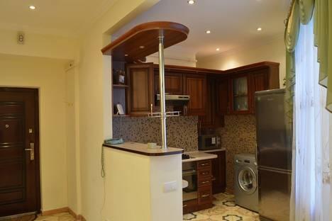 Сдается 1-комнатная квартира посуточно в Львове, пл. Рынок, 35.