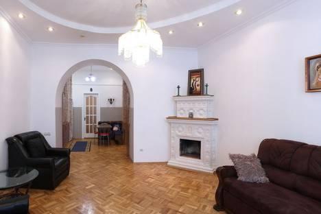 Сдается 2-комнатная квартира посуточно в Львове, ул. Гавришкевича, 6.
