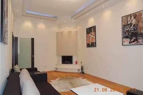 Сдается 2-комнатная квартира посуточно в Львове, ул. Рыбная, 5.