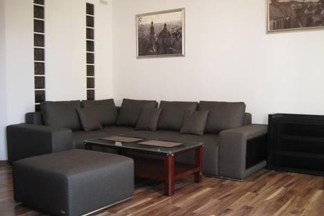 Сдается 2-комнатная квартира посуточно в Львове, ул. Театральная, 8.