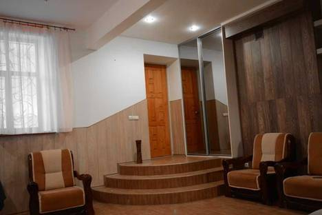 Сдается 3-комнатная квартира посуточно в Львове, ул. Бой-Желенского, 10.