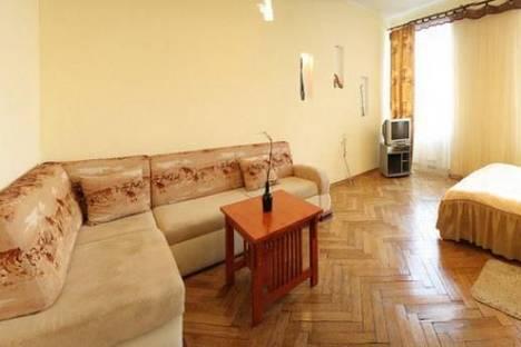 Сдается 2-комнатная квартира посуточно в Львове, Валова 9.