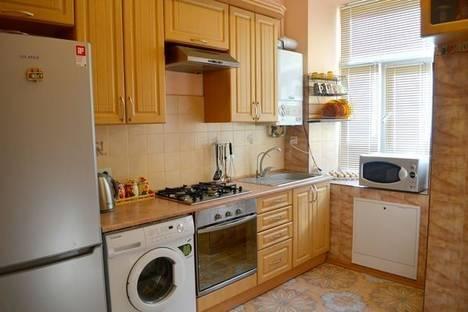 Сдается 1-комнатная квартира посуточно в Львове, пр.Свободы,47.