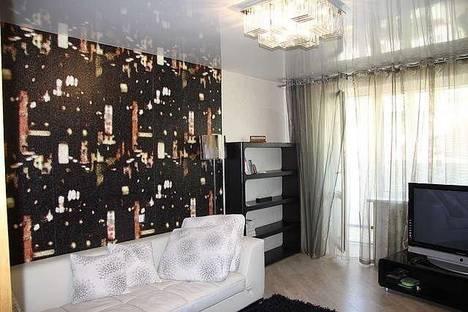 Сдается 2-комнатная квартира посуточново Владивостоке, ул. Овчинникова, 18.